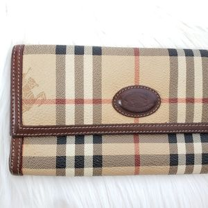 Burberry authentic vintage long wallet